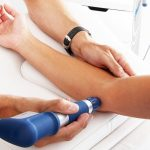 Terapia de ondas de choque para el codo de tenista o epicondilitis